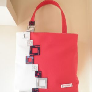Bolso rojo con cuadros