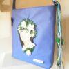 Bolso con bandolera en color azul